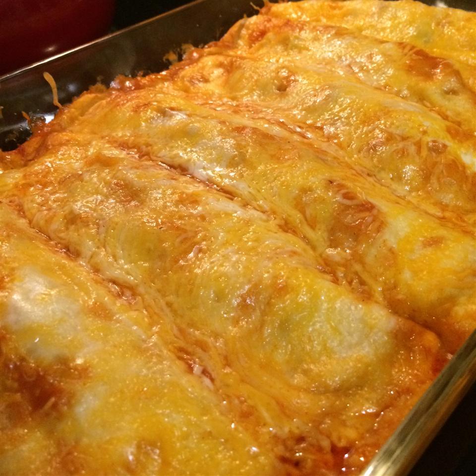 Easy Chicken Enchiladas Ty