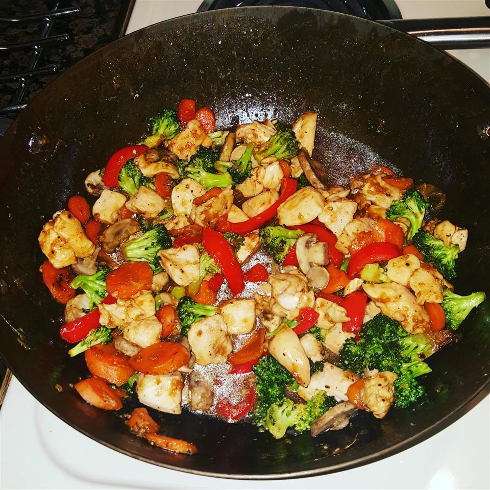 Kim's Stir-Fried Ginger Garlic Chicken cookingnewbie