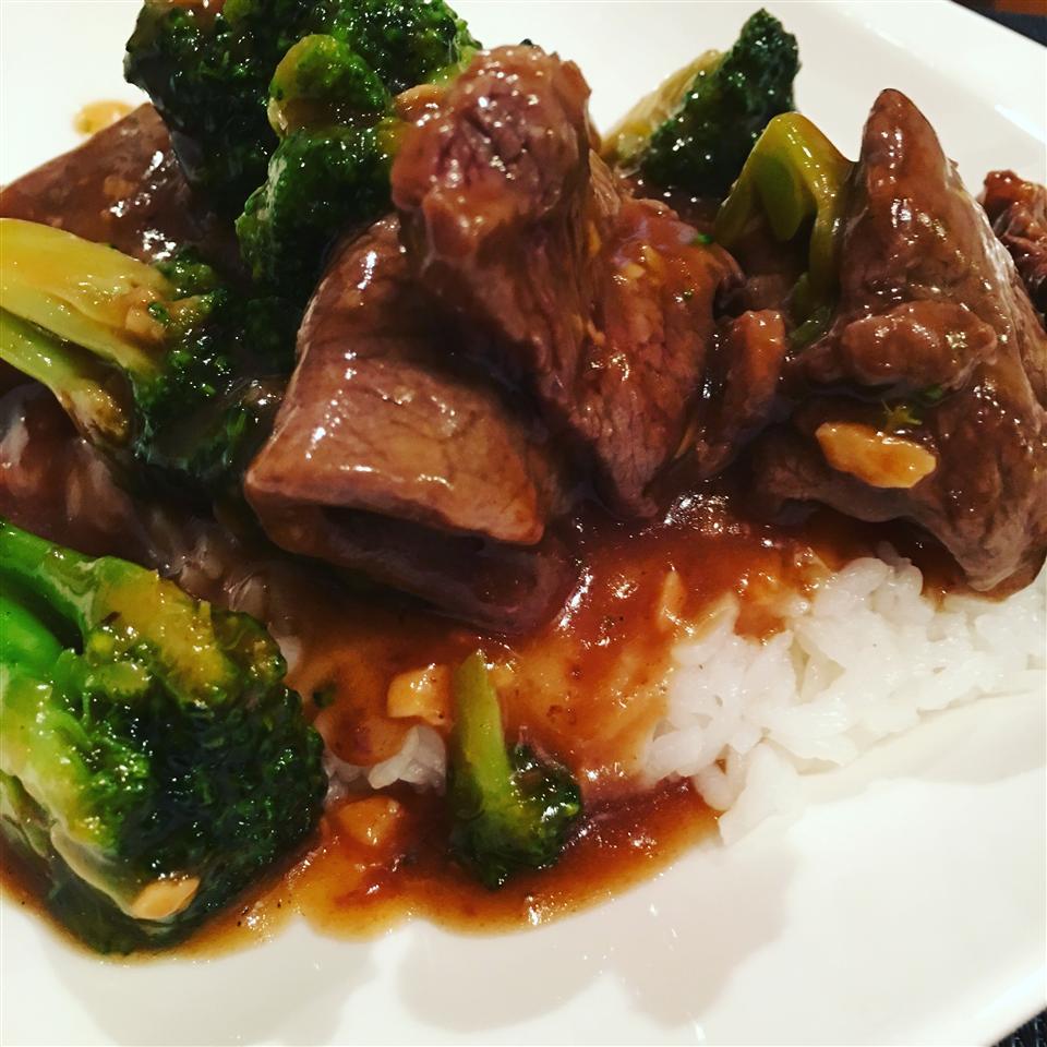 Fun Karnal (Beef and Broccoli) Mike Gonzalez