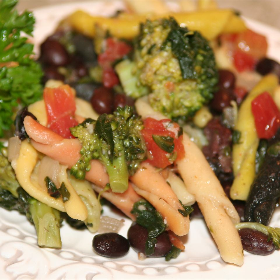 Spinach and Black Bean Pasta