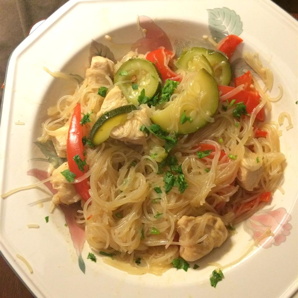 One Pot Thai-Style Rice Noodles MAULDINK