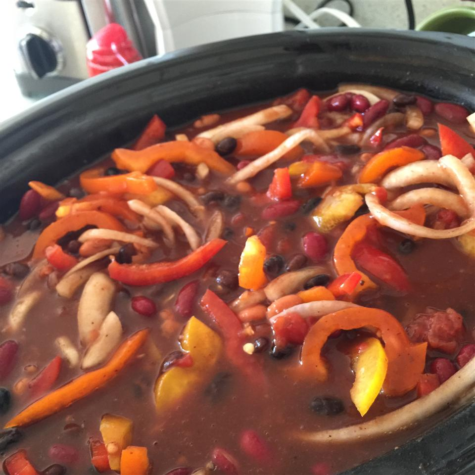 Slow Cooker Sweet Chicken Chili Krystal