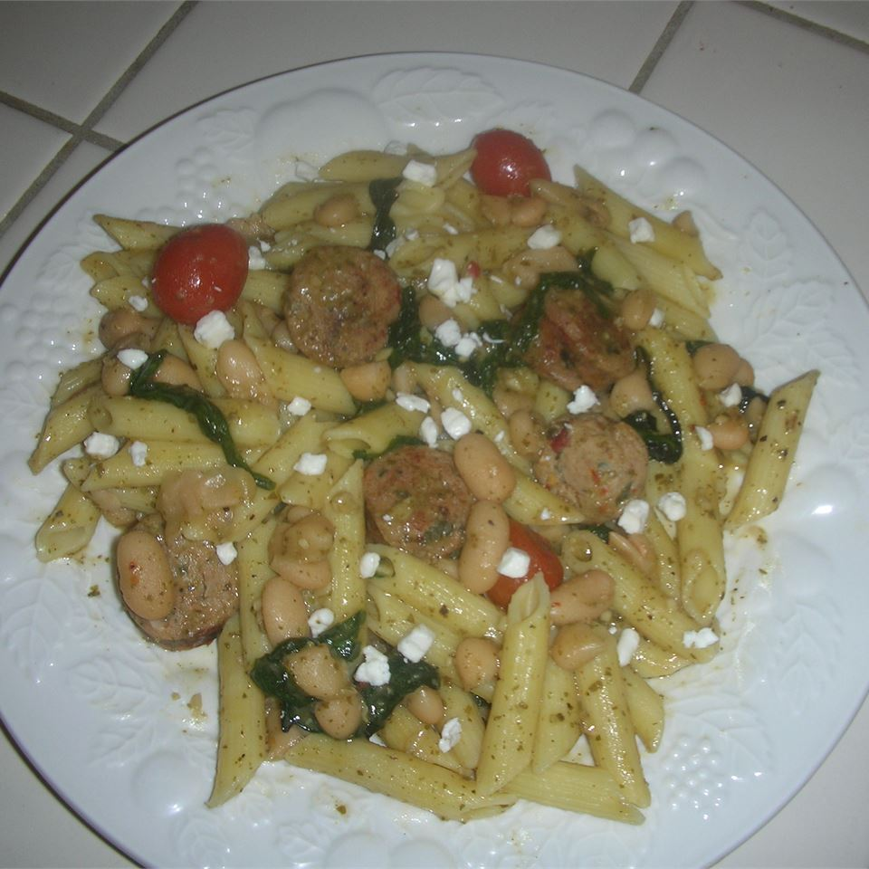Penne with Spicy Chicken Sausage, Beans, and Greens amanda1432