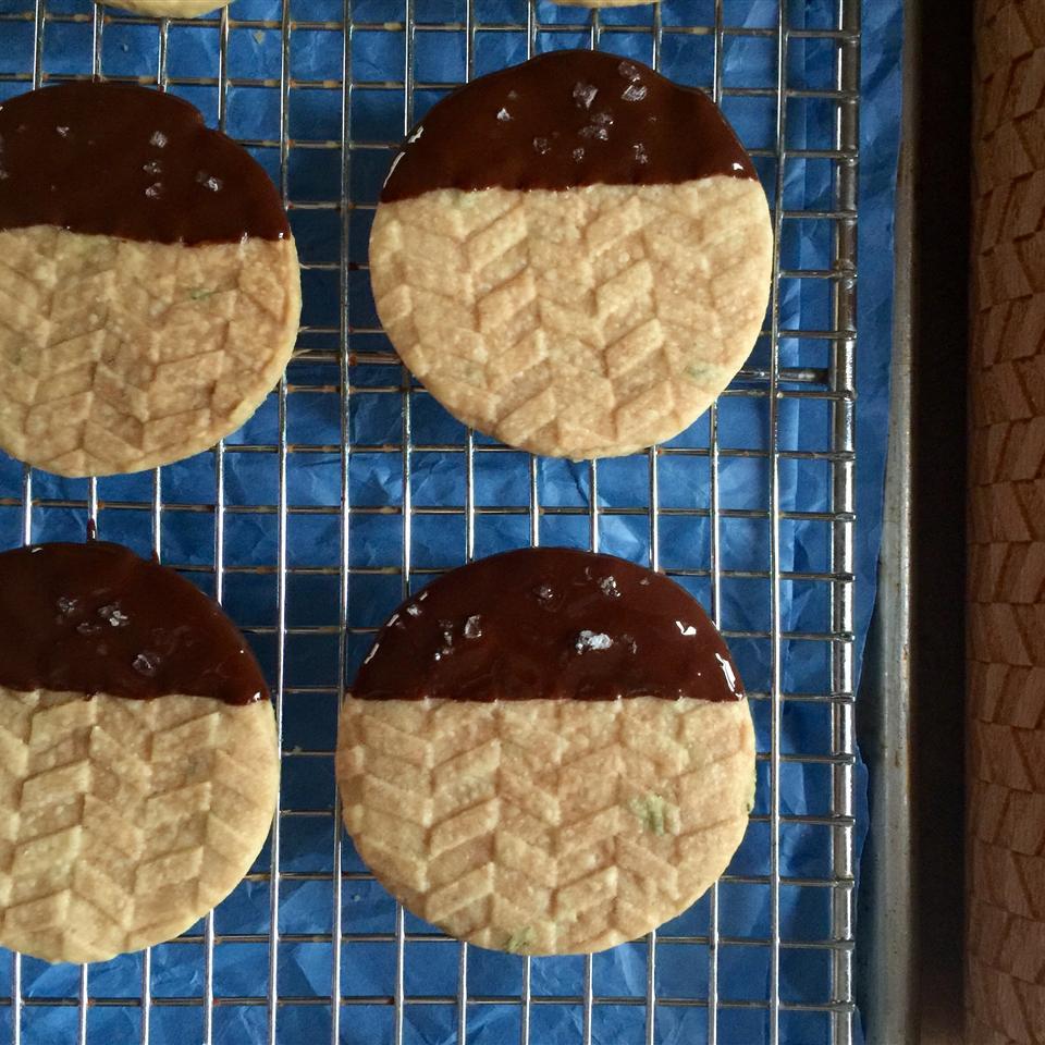 Chef John's Rosemary Shortbread Cookies