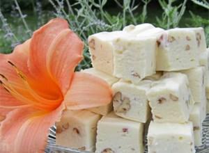 White Chocolate Fudge with Pecans