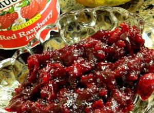 Easy Cranberry Raspberry Sauce