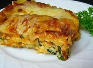 Easy Vegetarian Spinach Lasagna