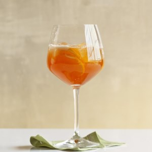 Billy Mack Sparkling-Wine Cocktail
