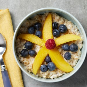 Flower-Power Oatmeal Bowl