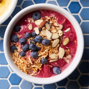 Berry-Almond Smoothie Bowl