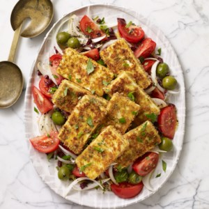Tomato & Onion Salad with Crispy Tofu