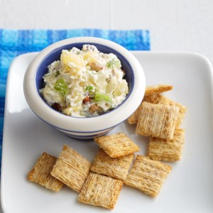 Cream Cheese Dip and Crackers