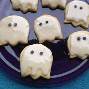halloween ghost cookies recipe if you are looking for easy cookie decorating ideas for halloween