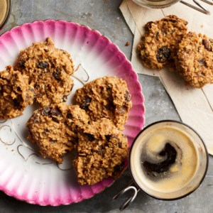 No-Sugar-Added Vegan Oatmeal Cookies