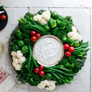 EatingWell Crudité Vegetable Wreath with Ranch Dip