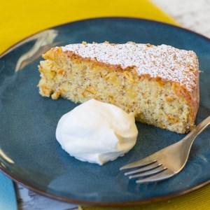 Orange Cake with Semolina and Almonds