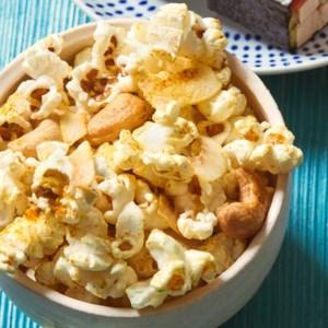 Coconut Curry Cashew Popcorn