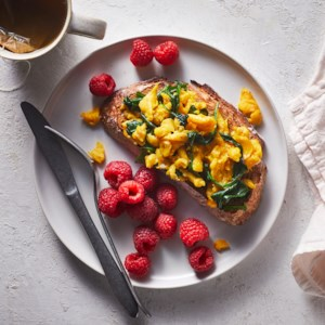 Spinach & Egg Scramble with Raspberries