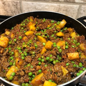Keema Aloo (Ground Beef and Potatoes)