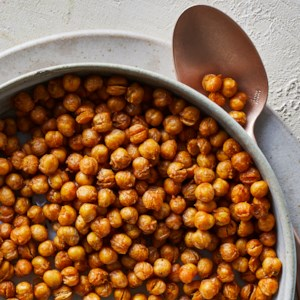 Air-Fryer Crispy Chickpeas