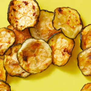 Baked Chili-Lime Zucchini Chips