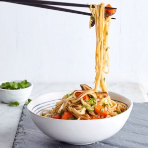 Vegetarian Lo Mein with Shiitakes, Carrots & Bean Sprouts