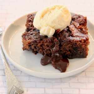 Low-Fat Chocolate Pudding Cake