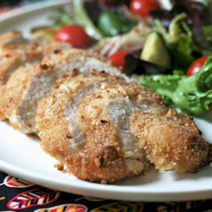 French Onion-Breaded Baked Chicken Recipe - Brushed with a mayo and garlic blend before they're coated in French onion-seasoned bread crumbs, these quick and easy baked chicken breasts make a delicious weeknight meal.