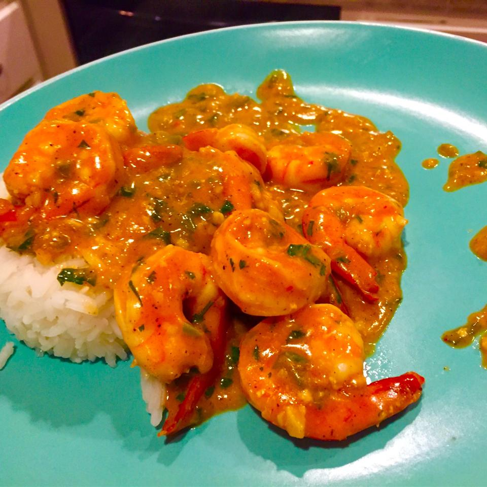 Indian Stir-Fried Shrimp in Cream Sauce (Bhagari Jhinga)