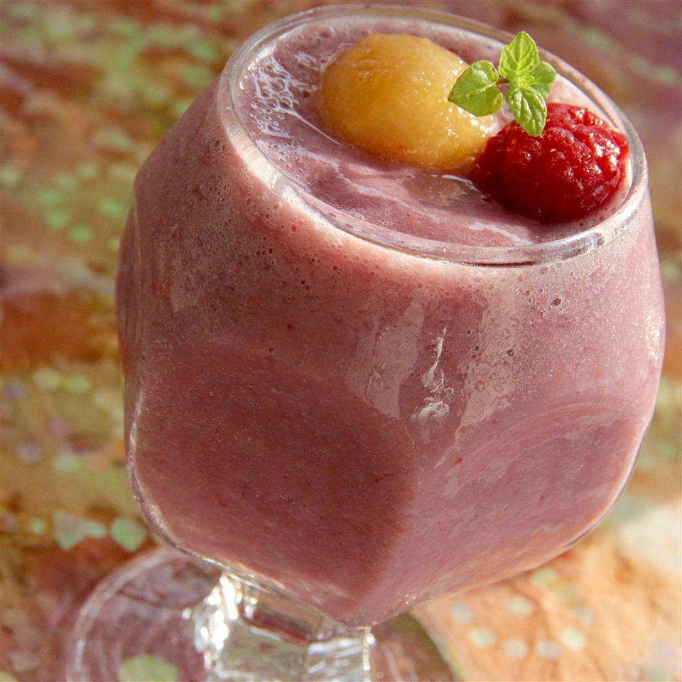 Raspberry Cantaloupe Smoothie