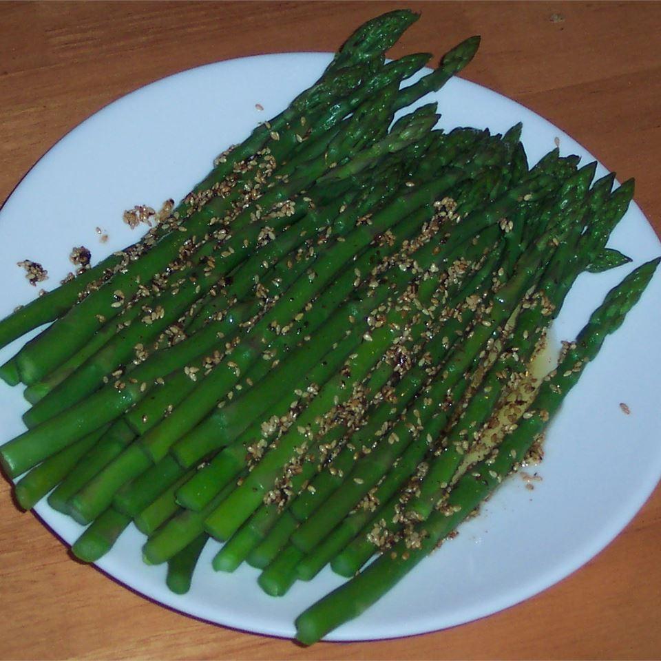 Lemon-Sesame Asparagus cookinme