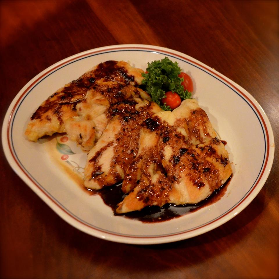 Pan-Seared Chicken with Apple-Red Wine Sauce KidChef
