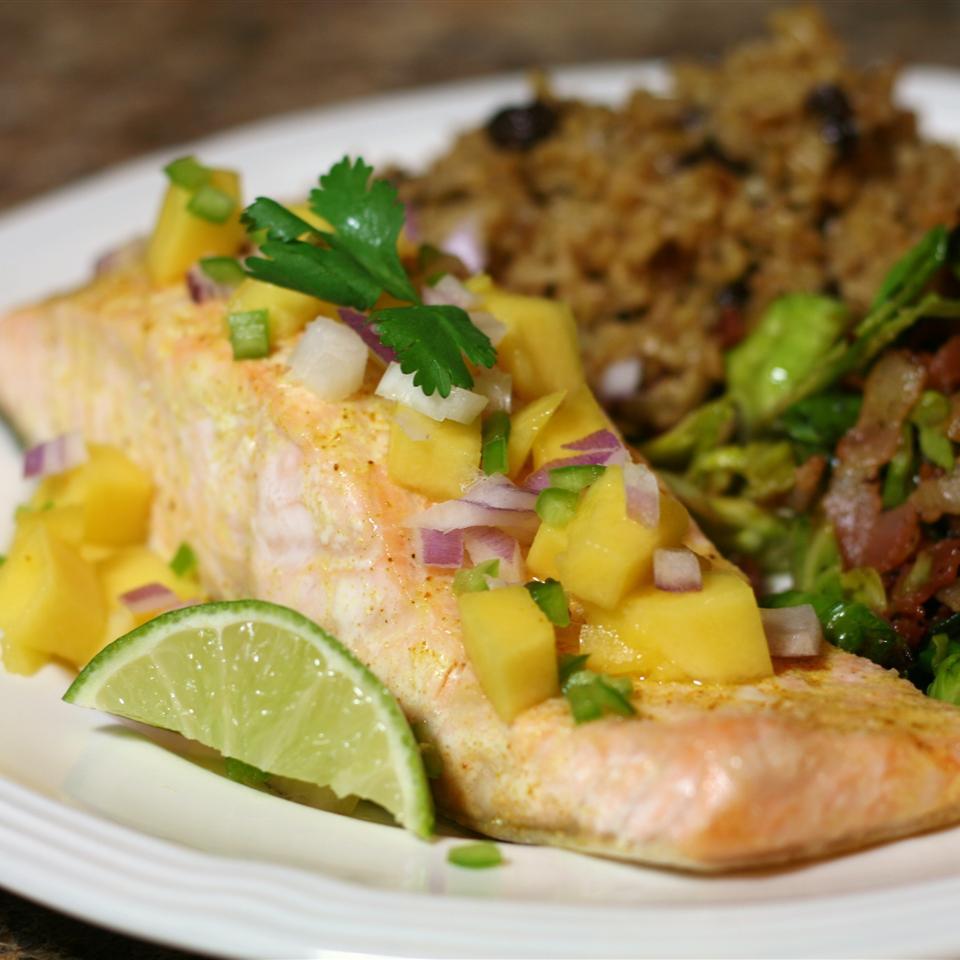 Curry Salmon with Mango - Printer Friendly