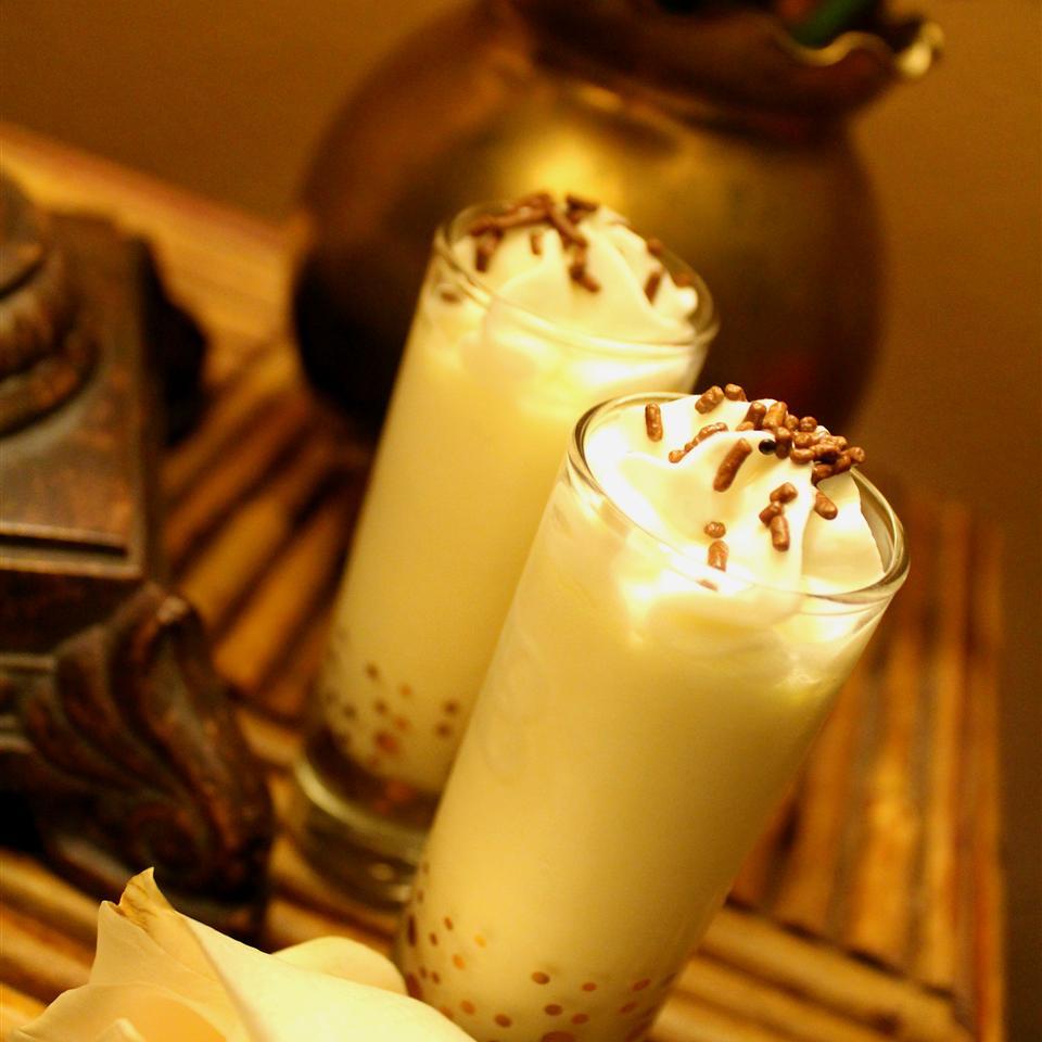 Pina Colada Pudding Shots! image