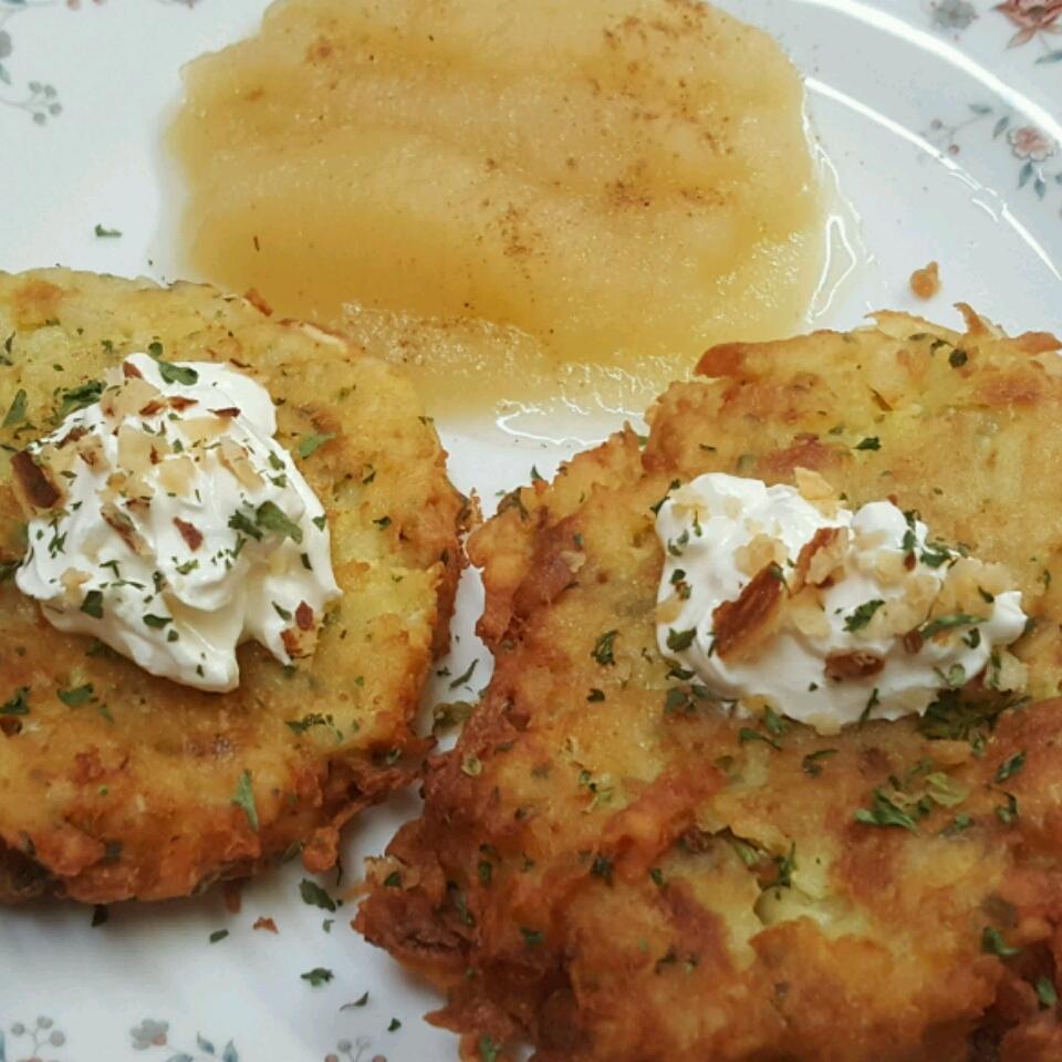 German Potato Pancakes_image