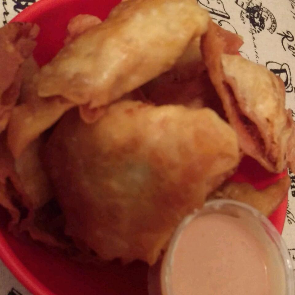 Crispy Buffalo Chicken Wontons MoneChef14