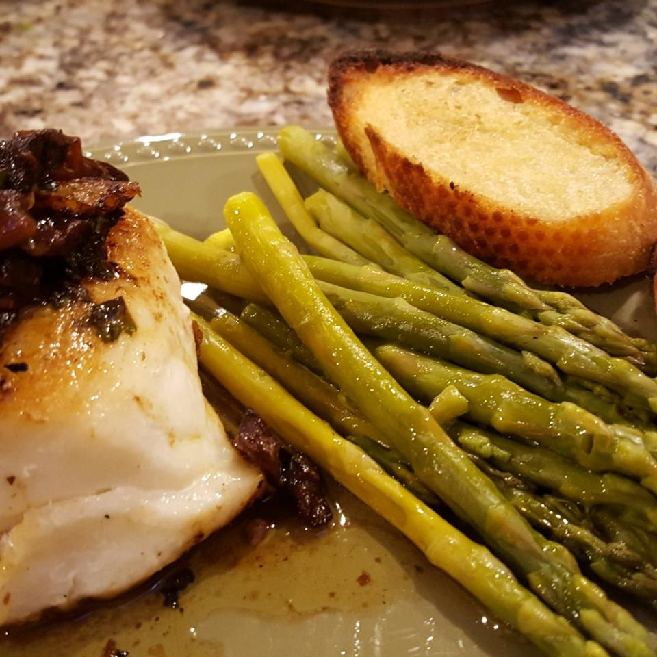 Pan-Roasted Halibut with Clamshell Mushrooms and Lemon Butter Sauce SJW