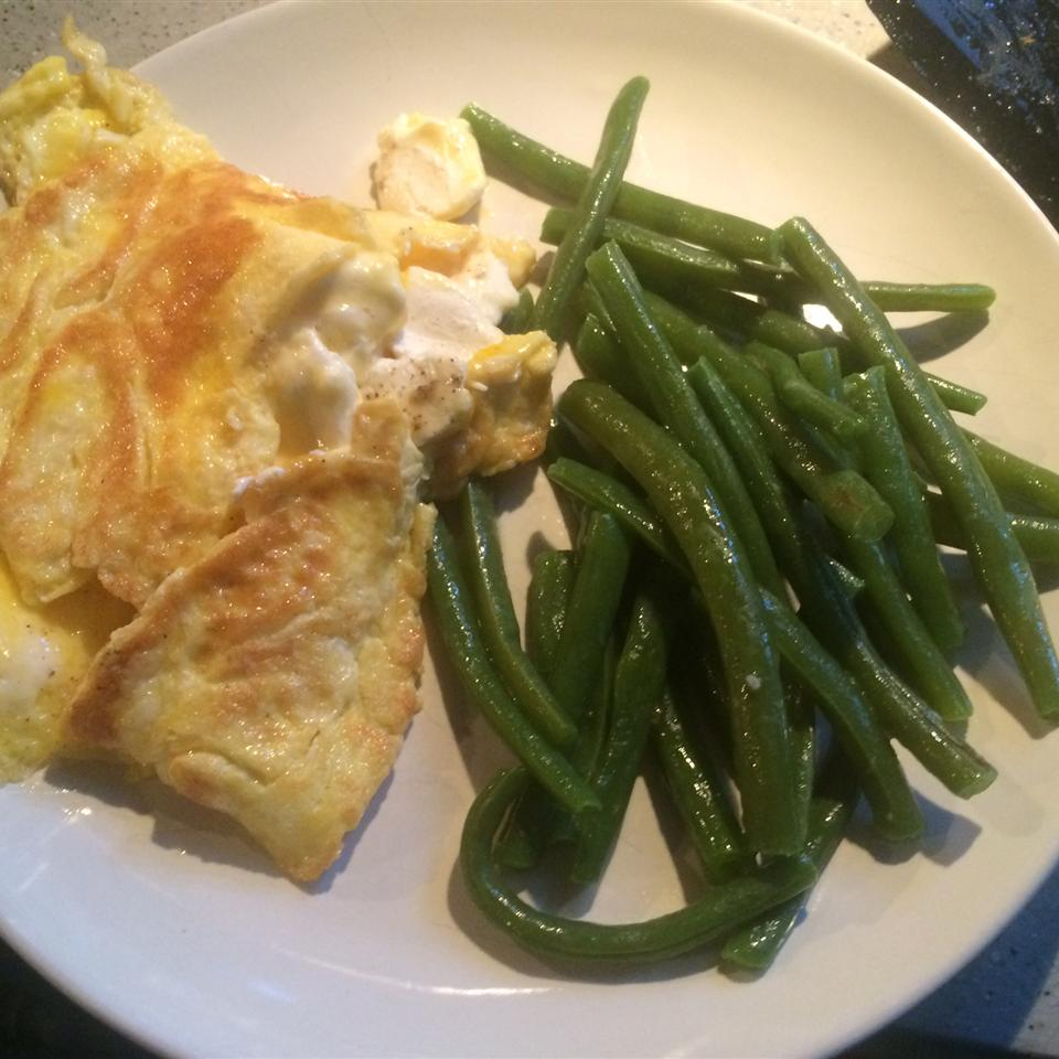 Cream Cheese Chive Omelet Recipe: Herbed Cream Cheese Omelet Recipe