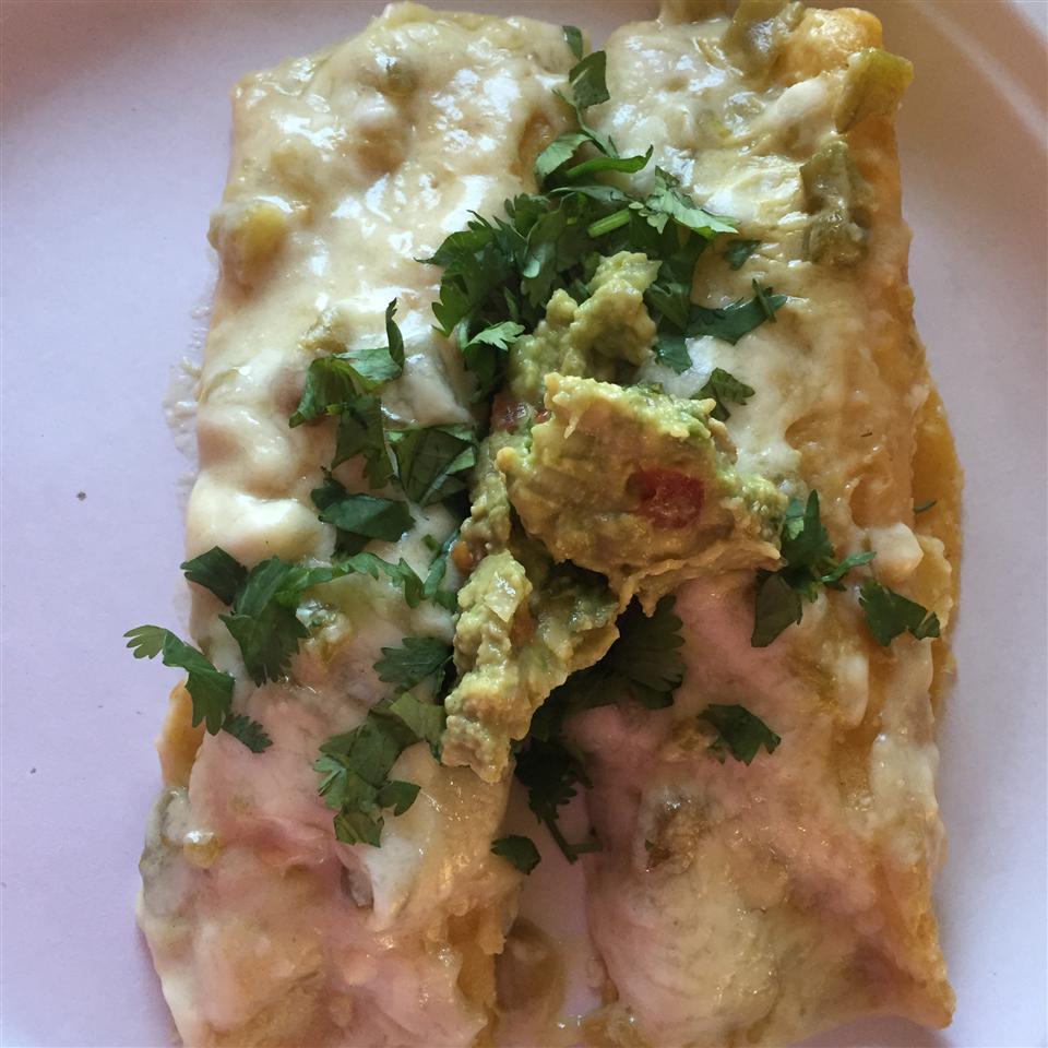 Chicken Enchiladas with Creamy Green Chile Sauce Ange