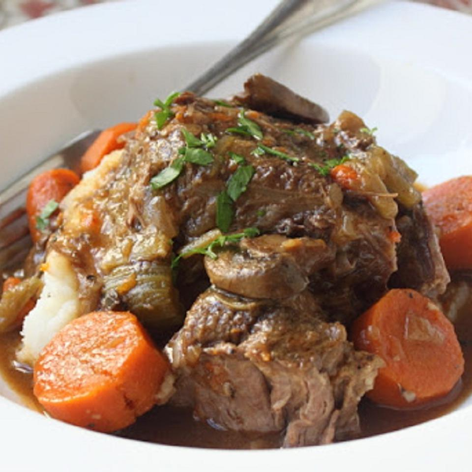 Slow Cooker Beef Pot Roast - Printer Friendly