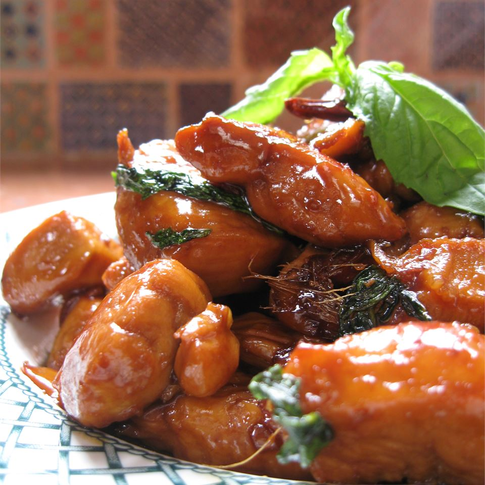 Taiwanese-Style Three Cup Chicken eli2884