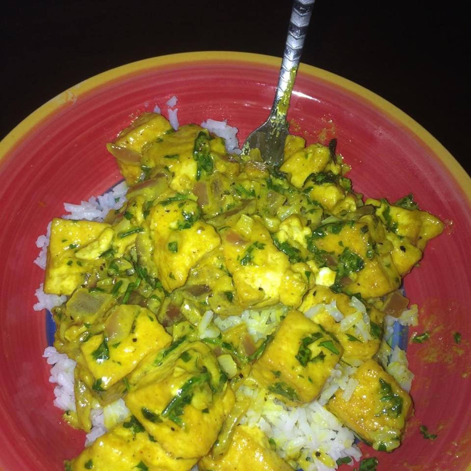 Thai Curry Tofu Lawanna