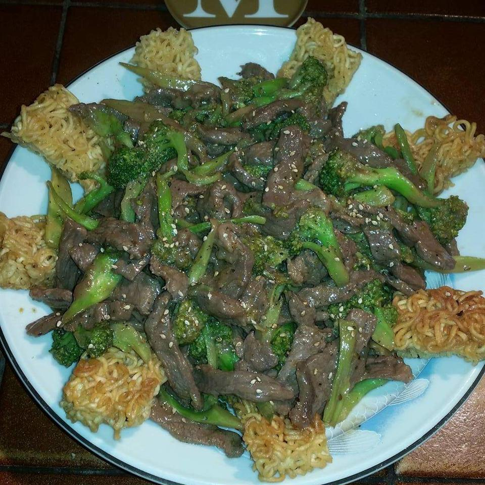 Restaurant Style Beef and Broccoli daisy846