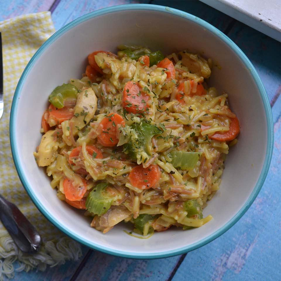 One Pan Cheesy Chicken and Vegetables Sandra_92083