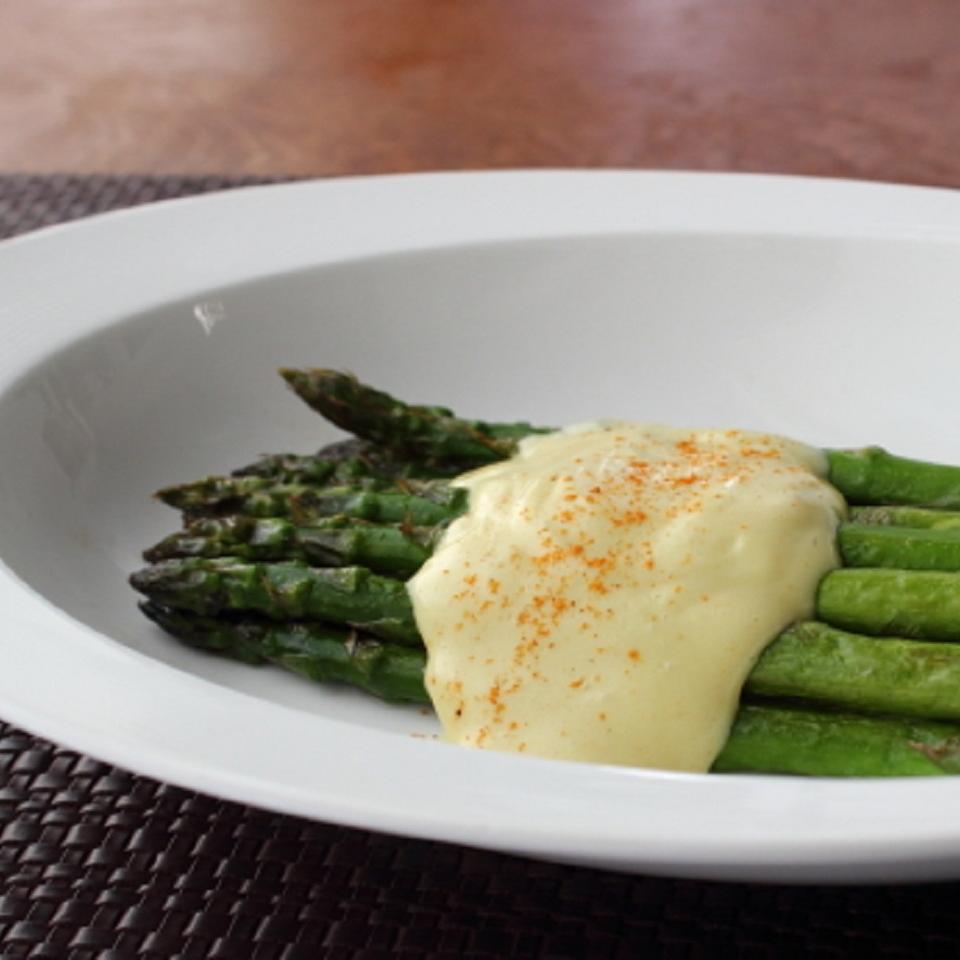 Chef John's Easy One-Bowl Hollandaise Sauce Chef John