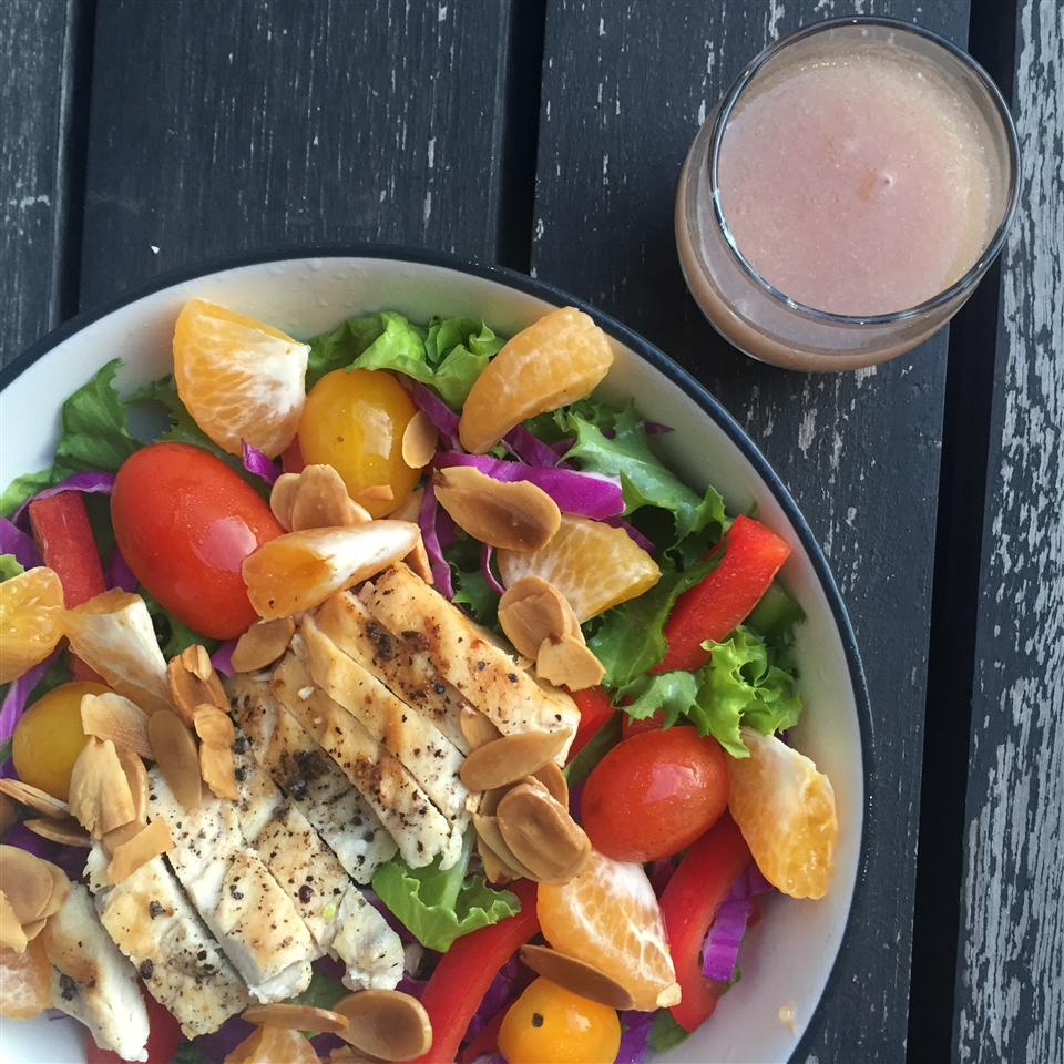 Grilled Chicken Salad with Seasonal Fruit Karena