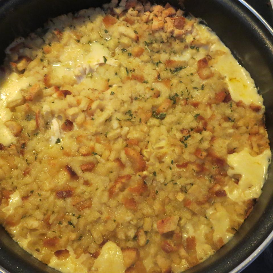 Quick and Easy Chicken and Stuffing Casserole Phoebe