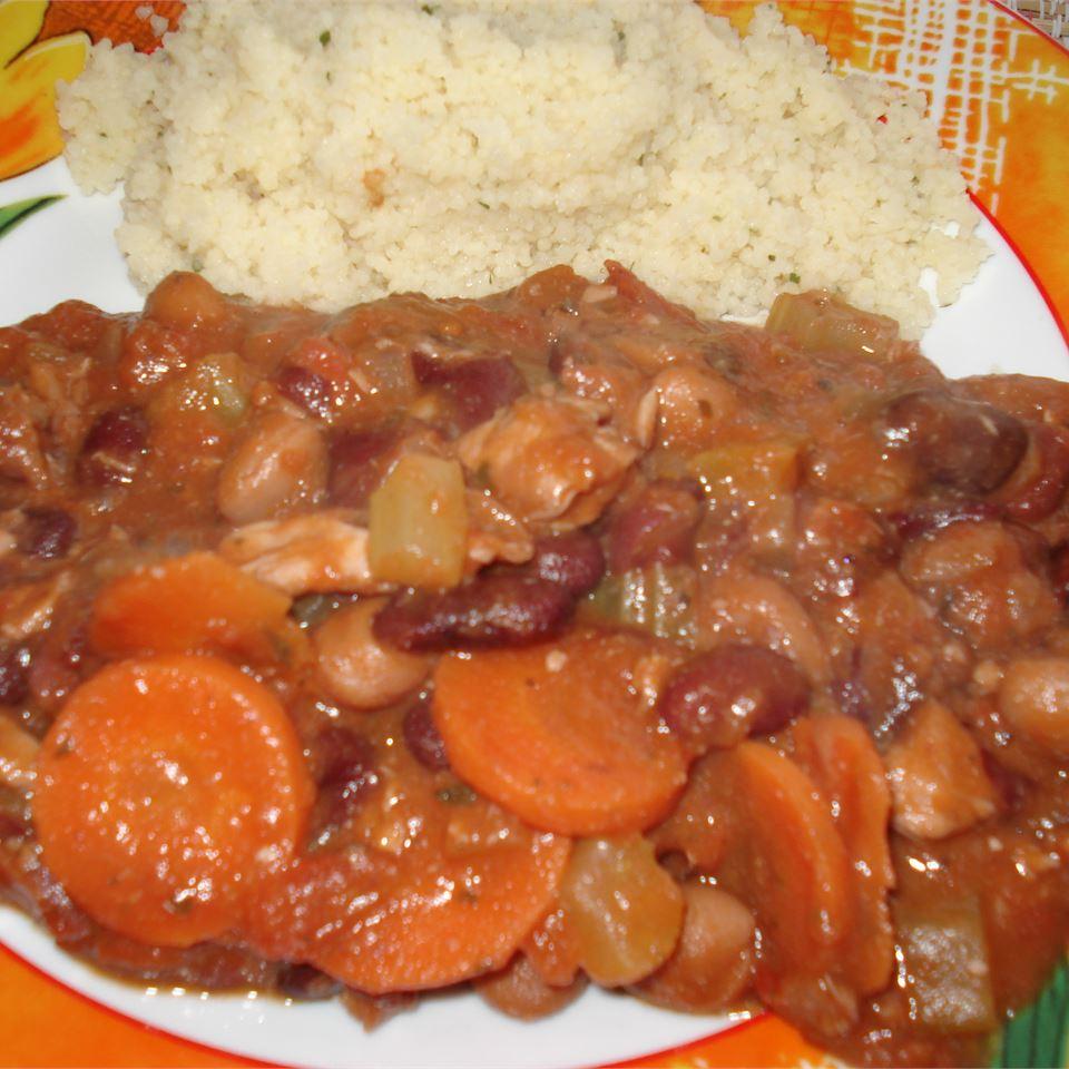 1-Pot, 3-Bean Chicken Stew Jean Carper