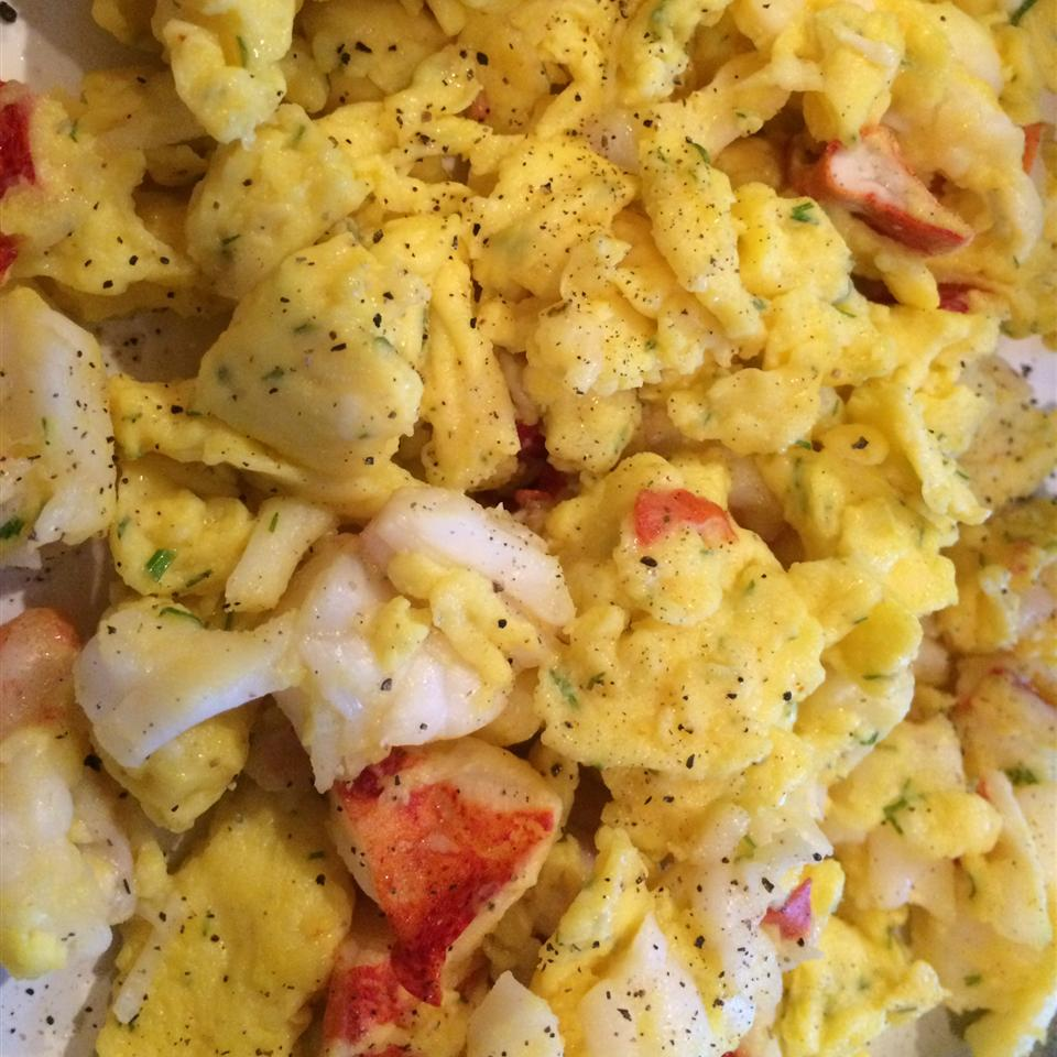 Lobster Scrambled Eggs kapjcp8210