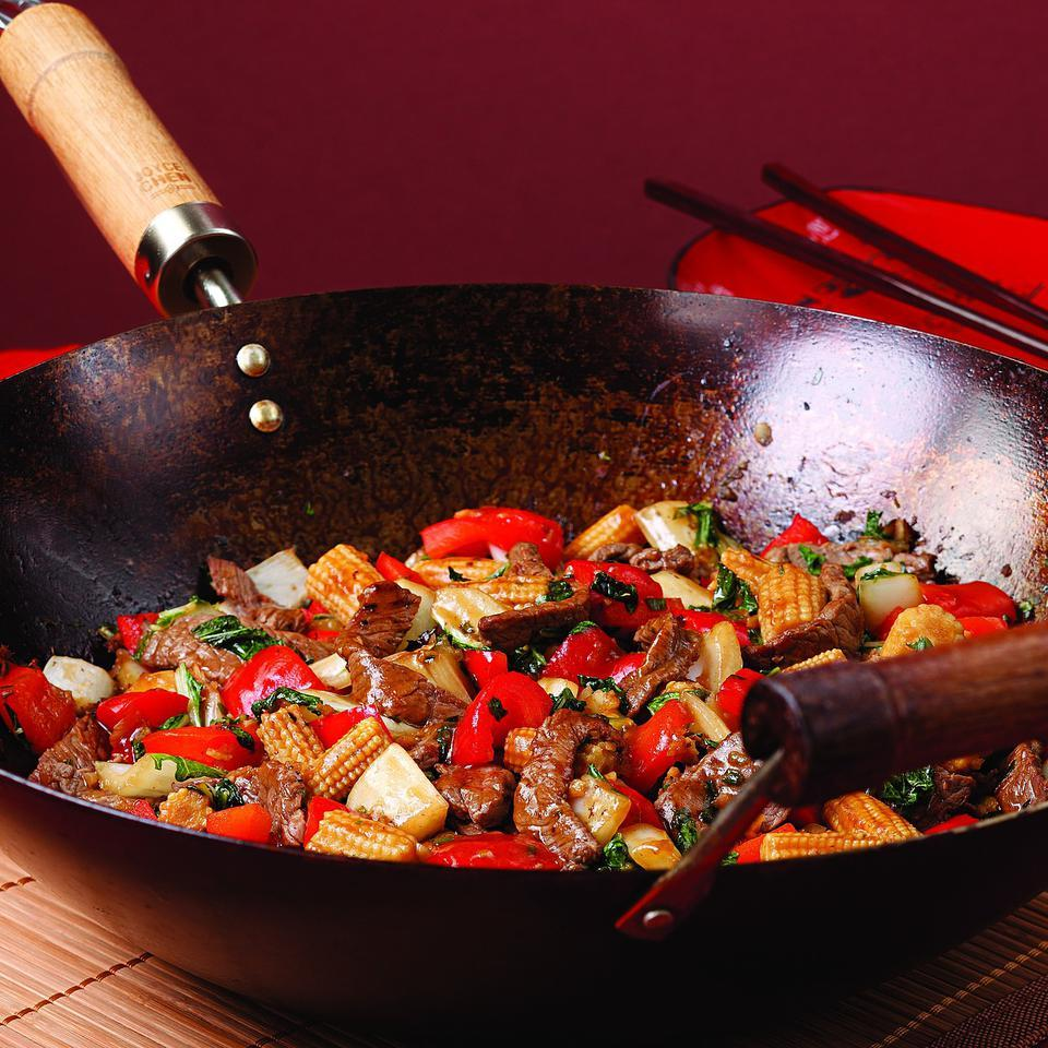 Beef & Red Pepper Stir-Fry EatingWell Test Kitchen